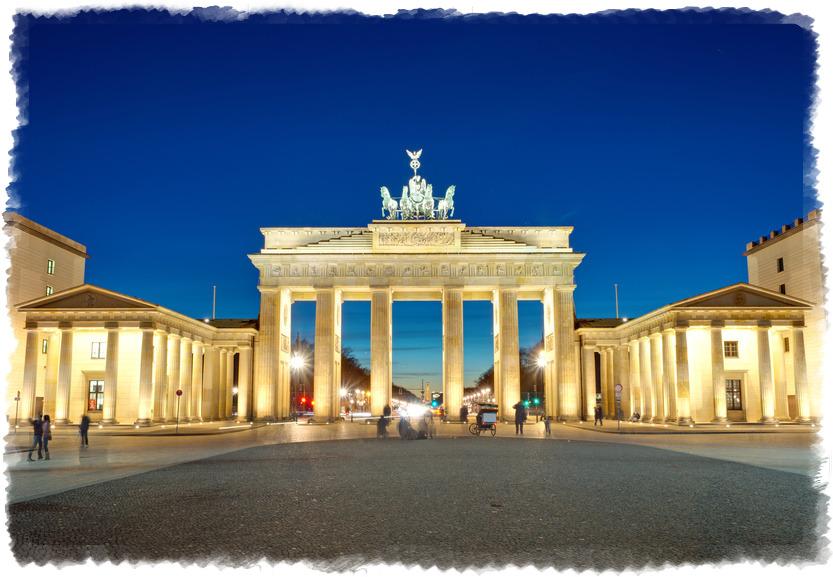 Бранденбургские ворота в Берлине в Германии