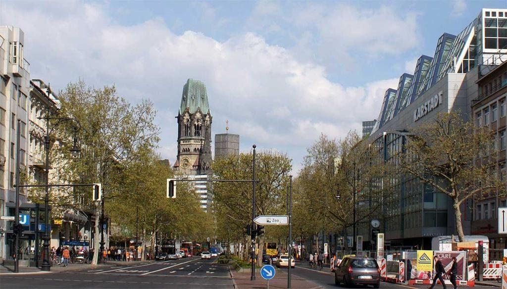 Пешеходная улица Берлина Курфюрстендамм