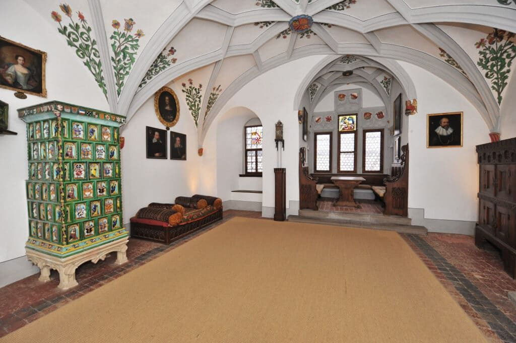 Замок Эльц внутри