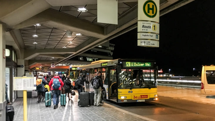 Автобус 128 из аэропорта Тегель в Берлин